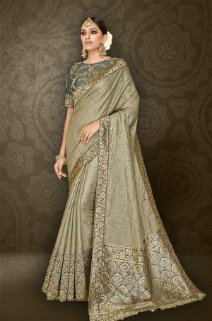 Traditional Saree With Desingner Contrast Dark Grey Blouse (With Embellished Border)-Grey