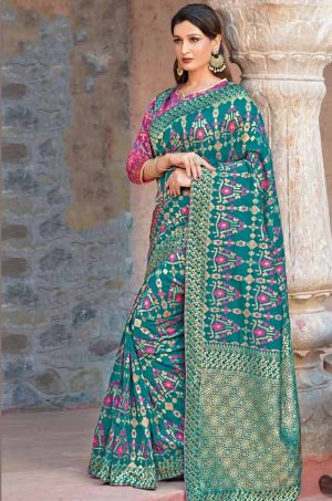 Traditional Banarasi Silk Saree With Contrast Blouse (With Embellished Border),-Pink,Silver & Teal Green