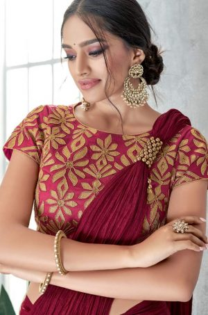Traditional Saree With Contrast Blous & Embellished Border,Redy Plated- maroon & peach colour